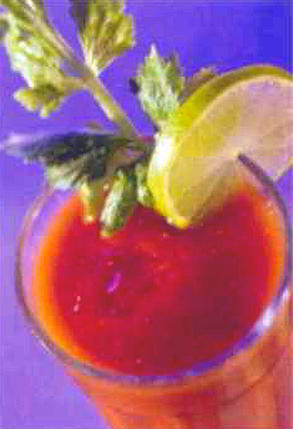 Стакан сока - против ожирения и давления